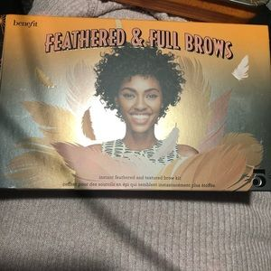 Benefit feathered and full brow's set